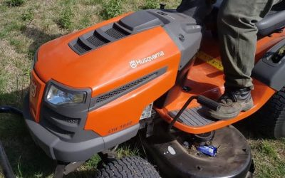 Adquisición de un tractor cespero